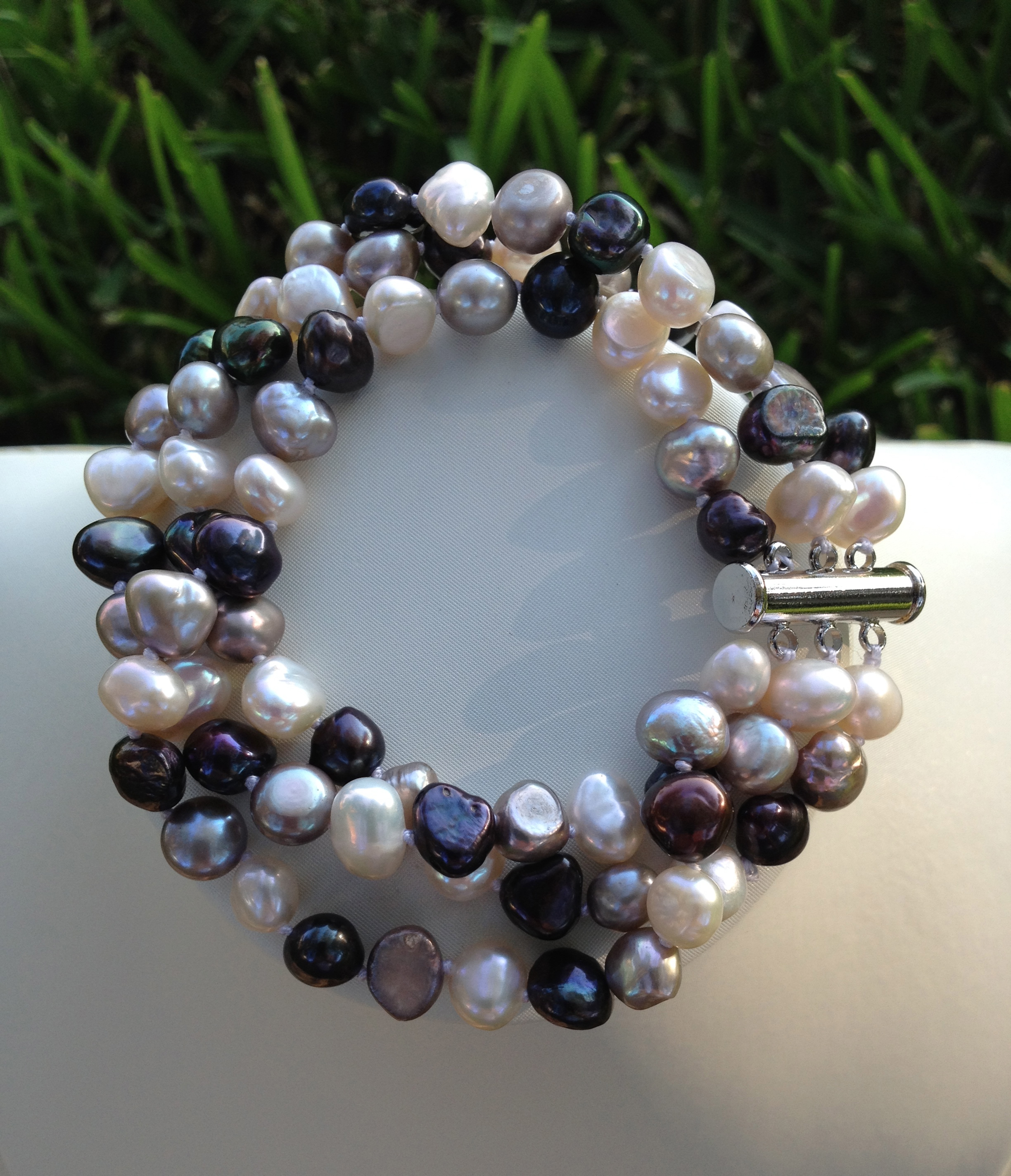 cultured pearl pin lavender strands high round semi color with freshwater natural pearls